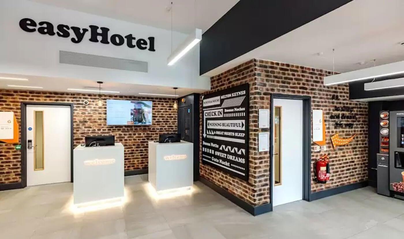 easy-hotel-milton-keynes-cleaning